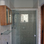 bathroom/shower - Springbok apartment